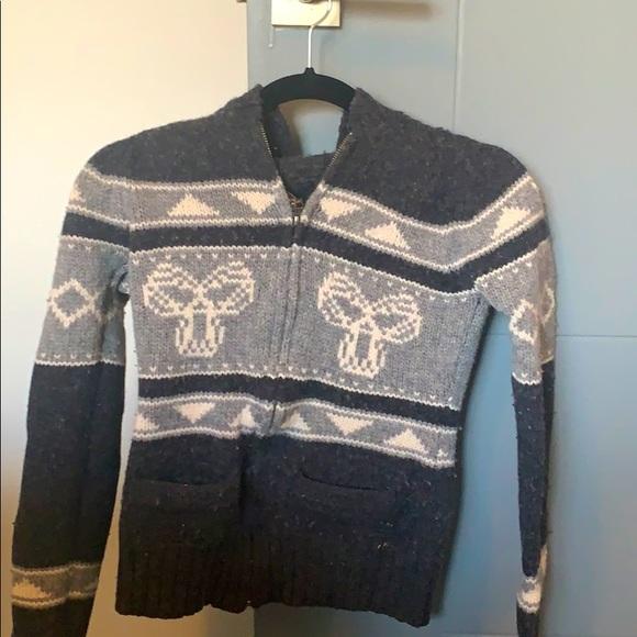 TNA/Aritzia sweater size small